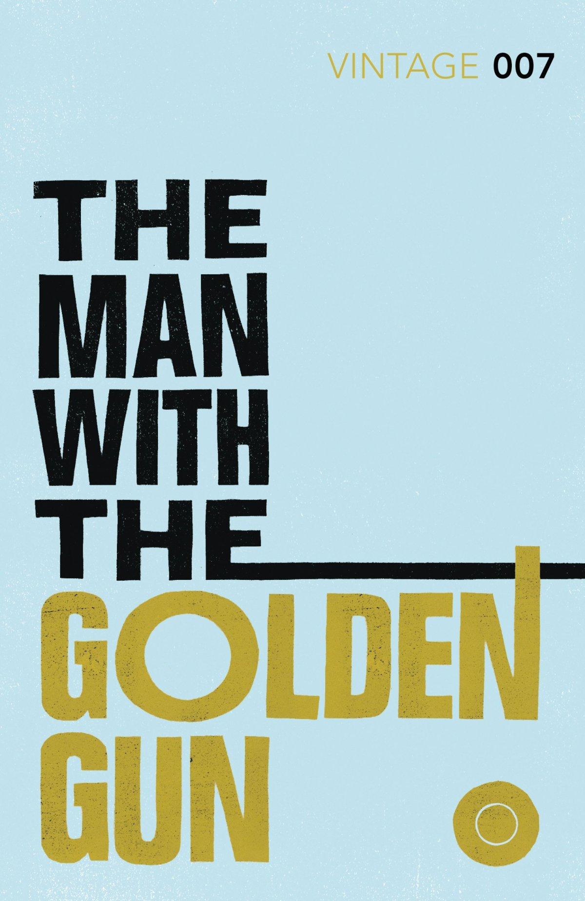 The Man with the Golden Gun(Novel)
